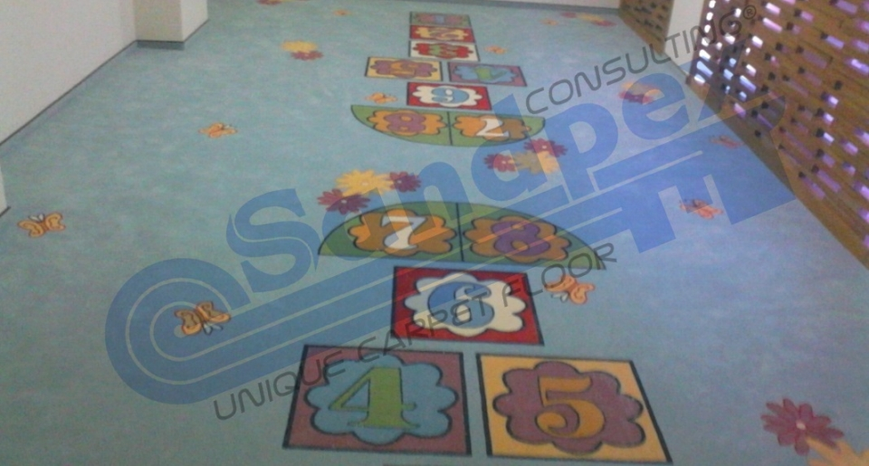 Mocheta personalizata loc joaca copii