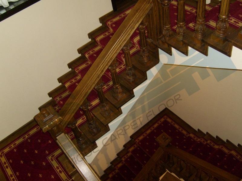 Montaj traversa pe scari